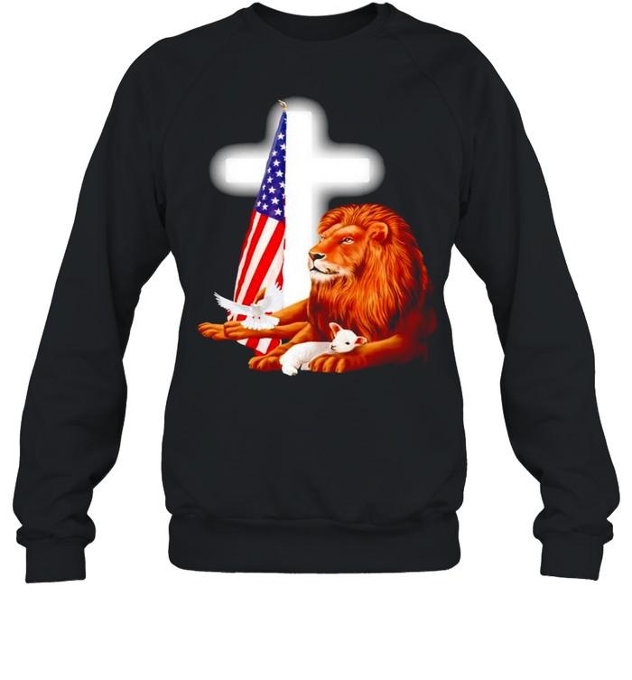 Lion and Lamb Jesus USA flag shirt Unisex Sweatshirt